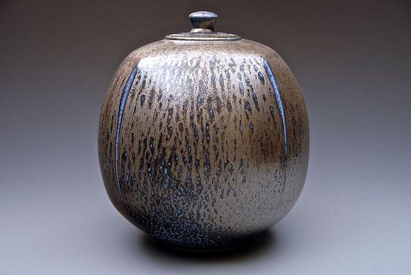 John Dermer Salt glazed porcelain fired 1320 deg centigrade lpg gas fired iron and manganese slip