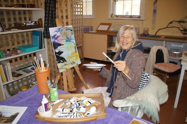 Mayday Hills Art Soc Janey Dunn 600